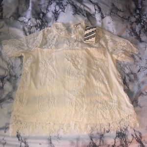 Lace blouse 🌟 NWT